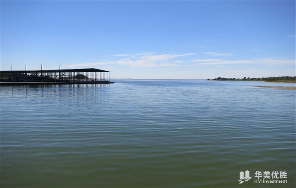 达拉斯全新湖景独栋别墅—隐湖庄园